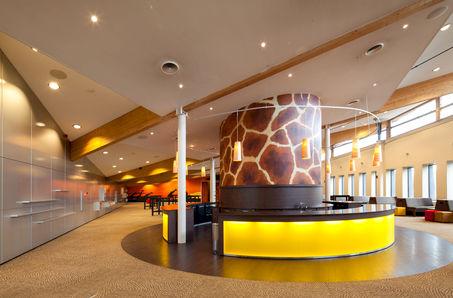Safari Meeting Centre / Burgers' Zoo