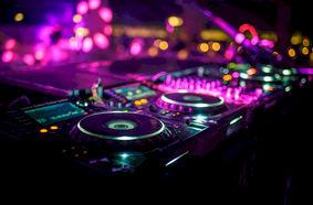 DJ - diskjockeys