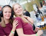 Een bar op je event? Boek je vrijwilligers of ga je voor een professionele firma?