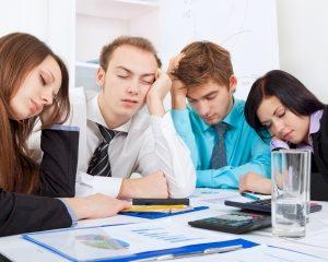 Vergaderingen zijn saai en slaapverwekkend