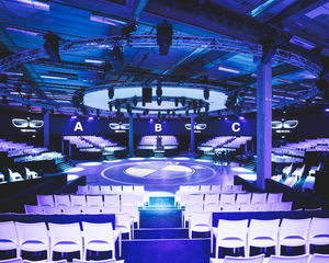 BMW host spectaculaire 360° show