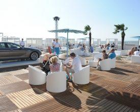 Pop-up beach lounge BMW lokt 27.000 bezoekers