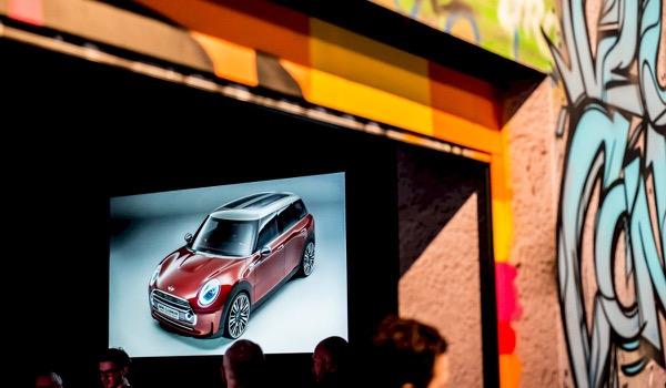 Ultra-scherpe schermen bij Novid