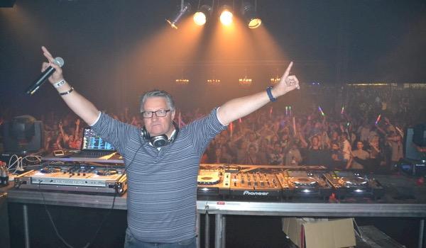 3 weetjes over DJ's die 'in het zwart' werken
