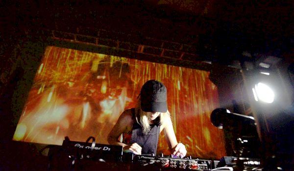 Microsoft pakt uit met Live DJ Show met Surface en Kinect
