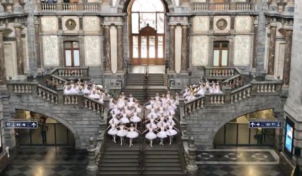 Flashmob ballerina's als ultieme marketing stunt