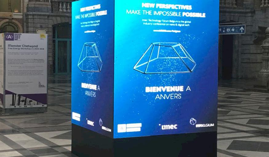 Gloednieuw: de LED Cube XL